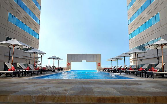 Hôtel Media Rotana Dubai 5* avec excursions incluses