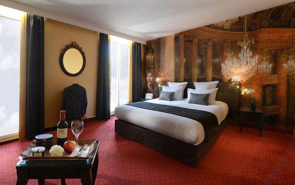 Poussez les portes de votre hôtel Le Versailles 4*