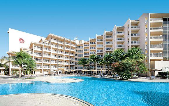 Poussez les portes de l'hôtel Hurghada Marriott Beach Resort 5*