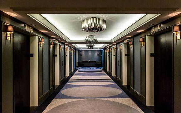 Poussez les portes de l'hôtel Fairmont The Queen Elizabeth 5* à Montréal