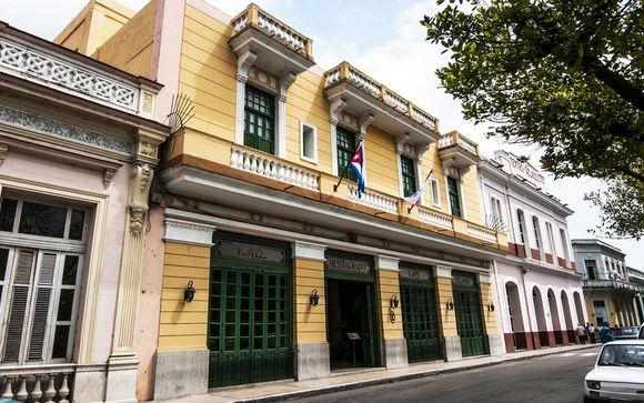 Poussez les portes de l'hôtel Velasco à Matanzas
