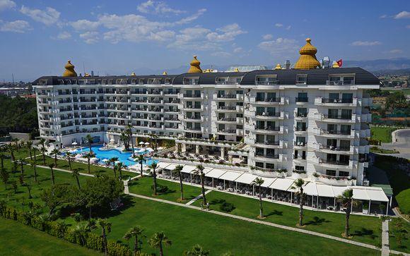 Poussez les portes de l'Hôtel Heaven Beach Resort & Spa 5*