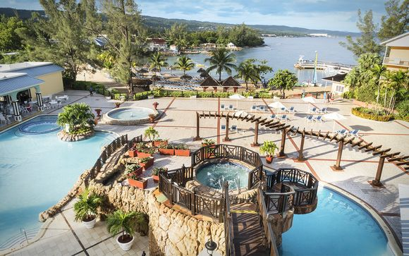 Poussez les portes du Jewel Paradise Cove Resort & Spa 5*
