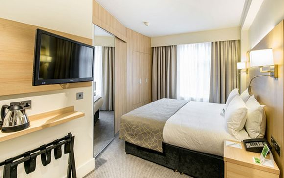 Holiday Inn Londra - Kensington High St. 4*