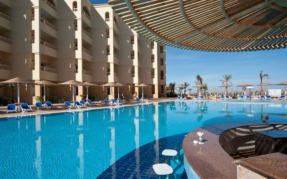 Hurghada - AMC Royal Hotel & Spa 5*