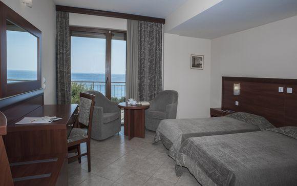 L'Eden Beach Resort Hotel 4*
