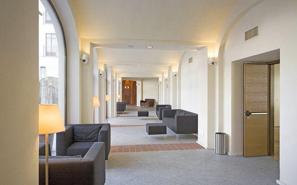L'Hotel NH Santo Stefano 4*