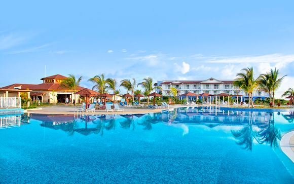 Memories Flamenco Beach Resort 5*
