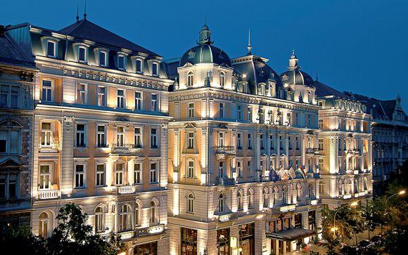 Lusso barocco a 5* con spa nel cuore di Budapest