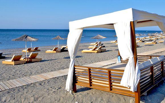 Spiaggia privata in esclusivo resort 5* a Kallithea