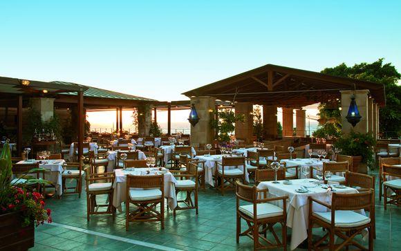 Hotel Amathus Beach 5*