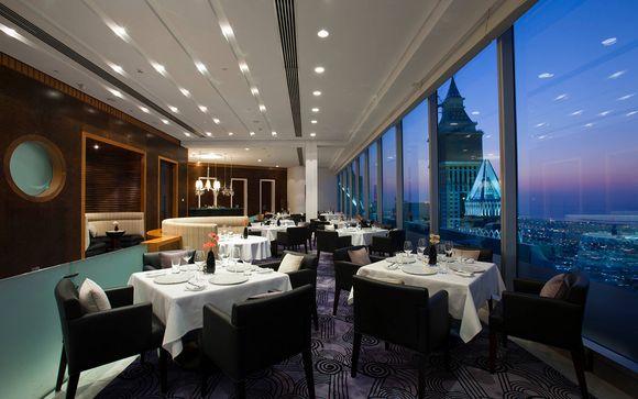 Jumeirah Emirates Towers 5*