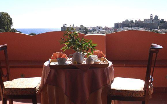 Hotel Villa De Pasquale 4*