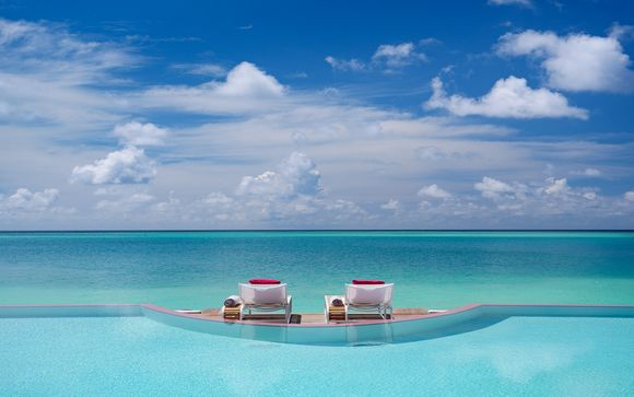 LUX North Male Atoll 5* Grand Luxury Hotel