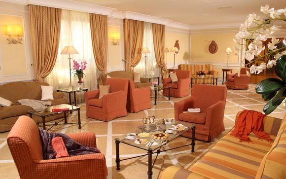 Hotel Donna Laura Palace 4*