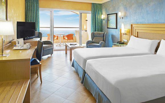 Elba Sara Beach & Golf Resort 4*
