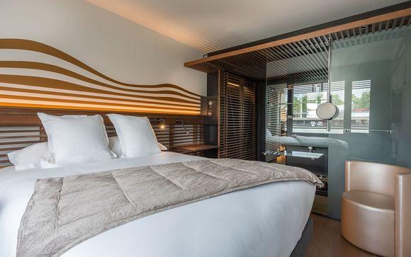 Hotel OFF Paris Seine 4*