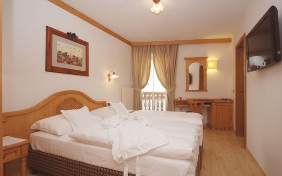 Central Hotel 4*