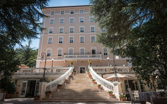 L'Hotel Helvetia Thermal SPA 4*