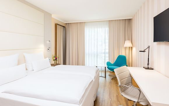 Hotel NH Berlin Alexanderplatz 4*