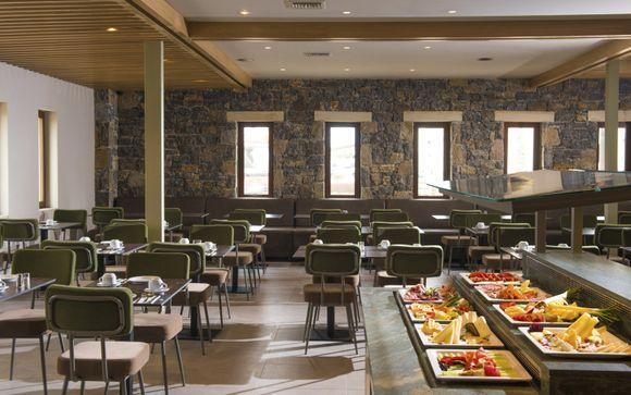 Il Petousis Hotel & Suites 4*