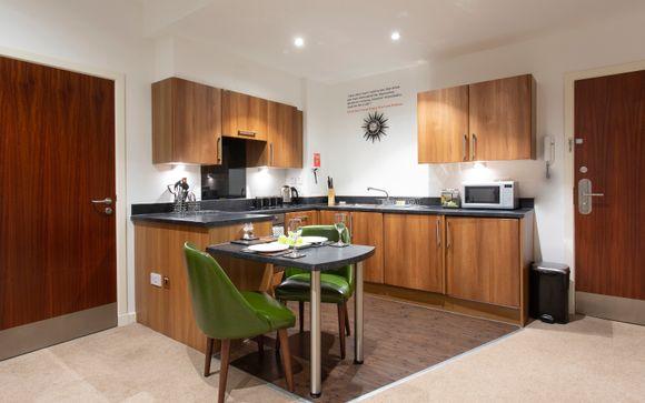 Stewart Aparthotel Edinburgh 4*