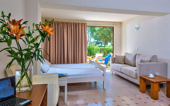Almyra Hotel & Village 4*