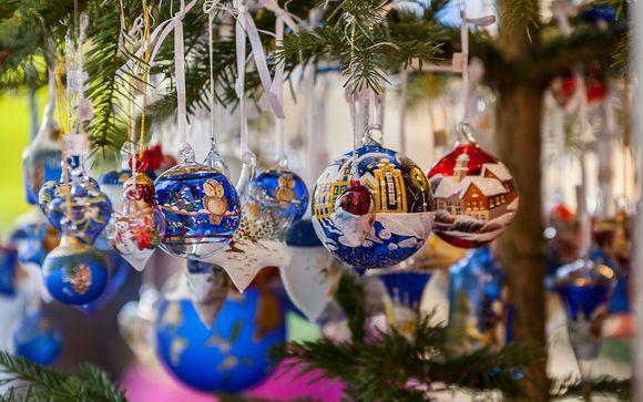 La magia del Natale agli Champs Elysees