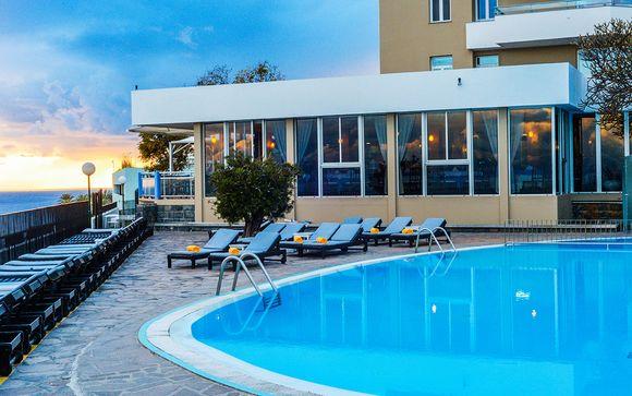 Hotel Duas Torres 4*
