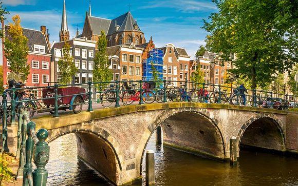 Crowne Plaza Amsterdam South 4*