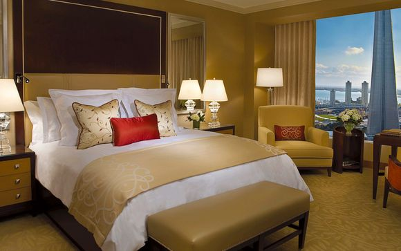 Ritz-Carlton Hotel 4*, Toronto - 4 nights