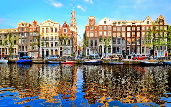 Hotel Movenpick Amsterdam City Centre 4*