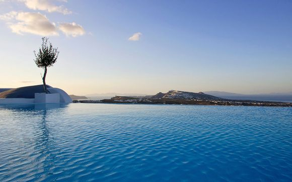 Carpe Diem Santorini 5*