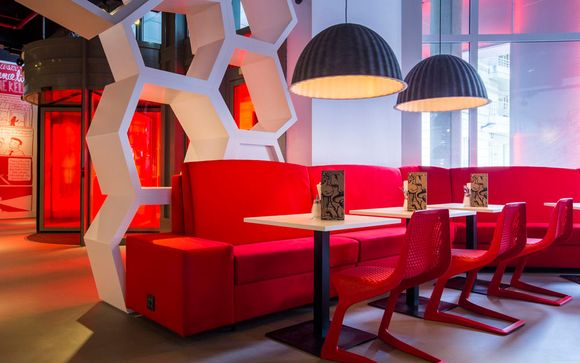 Radisson RED Brussels 4*