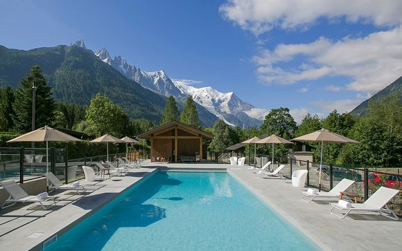 Breathtaking Retreat with Panoramic Views of Mont Blanc