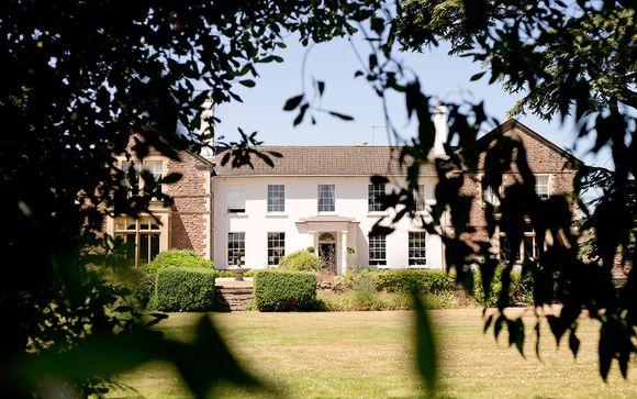 Glewstone Court 4*