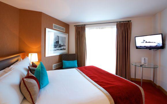 Bermondsey Square Hotel 4*