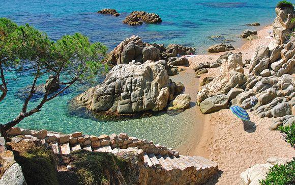 Palatial Pool and Beautiful Beaches