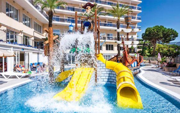 Hotel Oasis Park Splash 4*