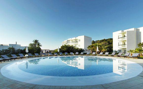 Grand Palladium Palace Ibiza & White Island Ibiza Resort & Spa Complex 5*