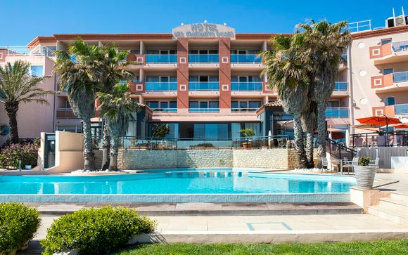 Grand Hotel des Flamants Roses 4*