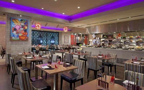 Royal Plaza on Scotts Singapore 5*