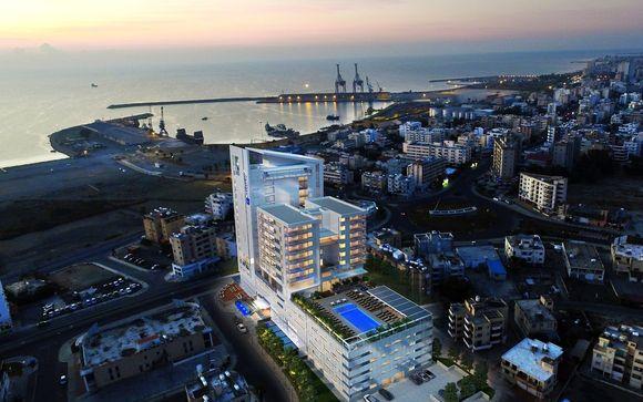 Radisson Blu Hotel, Larnaca 5*