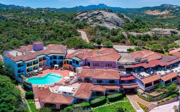 Hotel Club Li Graniti 4*