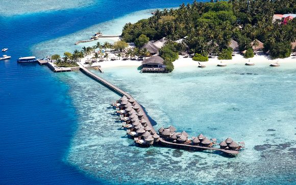 Highlights and Adventure with Luxury Beach Stay
