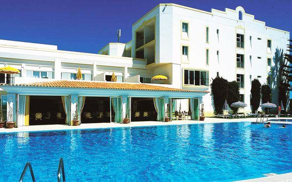 Dona Filipa Hotel 5*