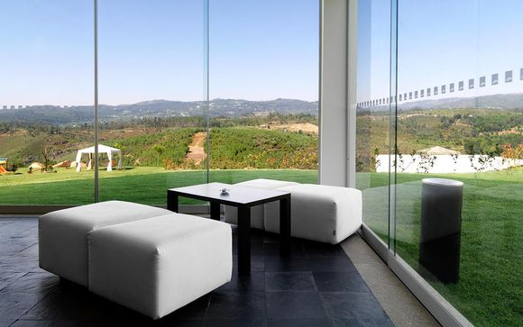 Contemporary Design Amidst Spectacular Scenery