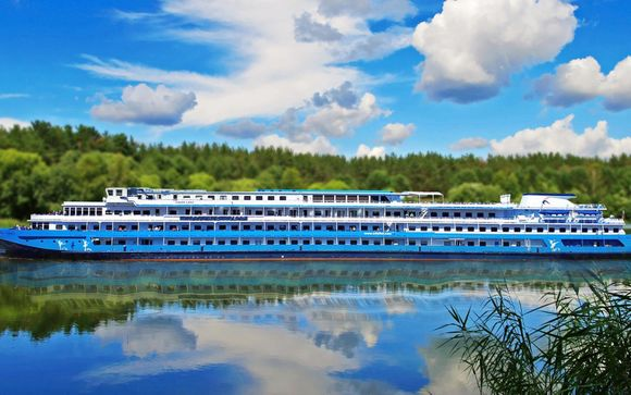 Extraordinary Cruise with Daily Excursions