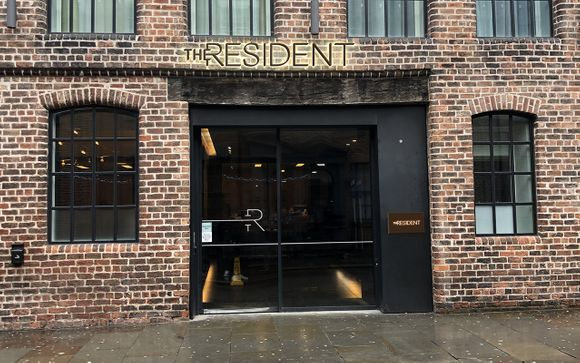 The Resident Liverpool 4*