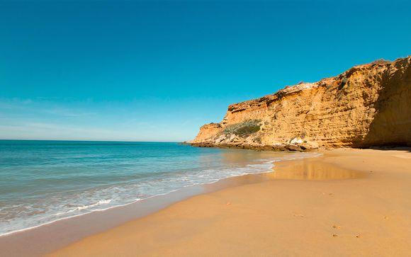 Conil de la Frontera, en la Costa de la Luz, te espera